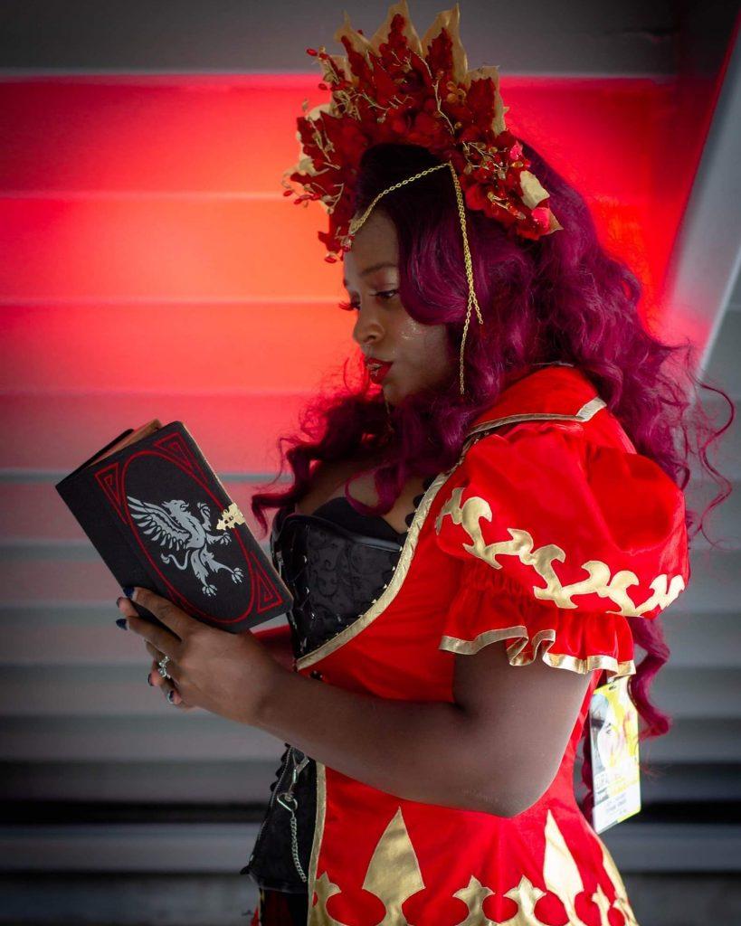 Cosplayer LadyCabarei as an Eladrin Elf
